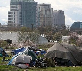US Cities Deal With a Surge in Shanty Towns