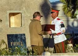 Raul Castro's Graveside Tribute to Fidel