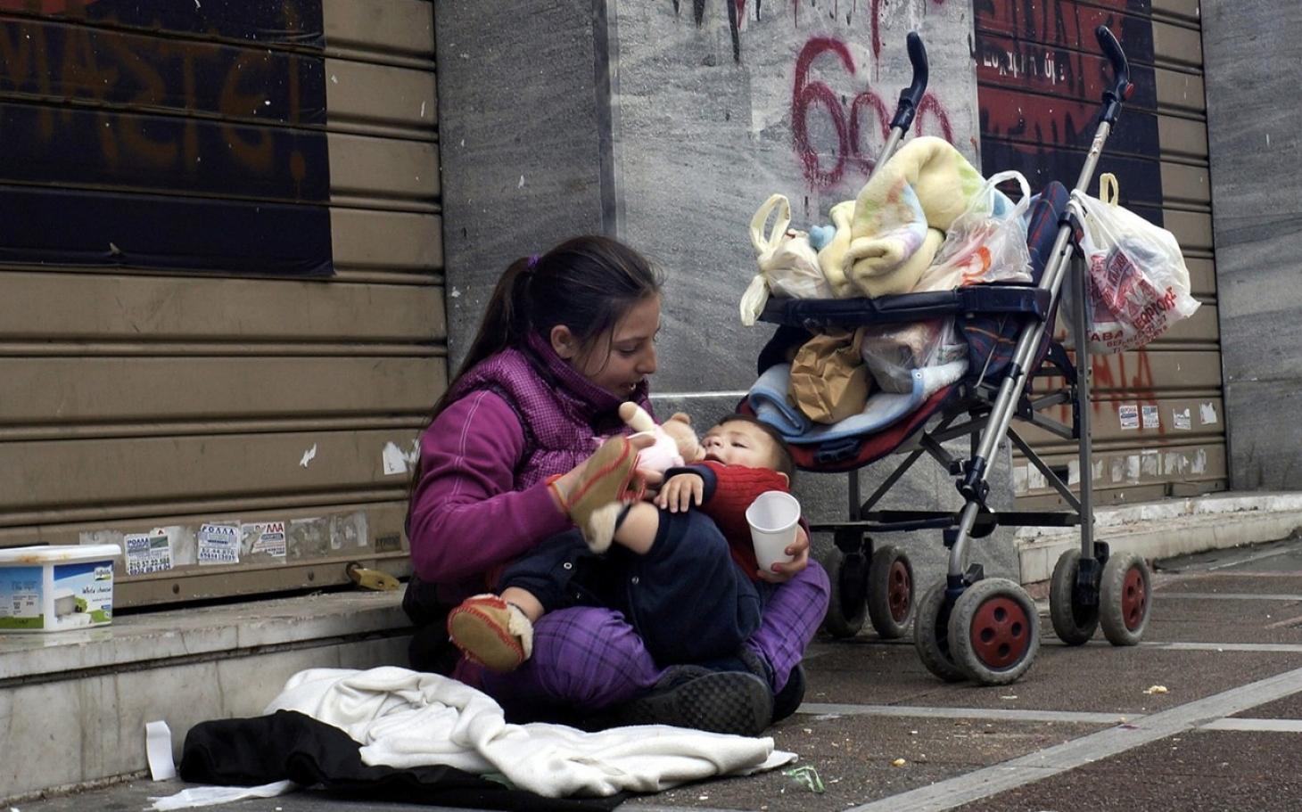 poverty in uk essay Microeconomics revision essay (5) poverty and government policy (a) the main causes of poverty in the uk britain is, by most international standards.
