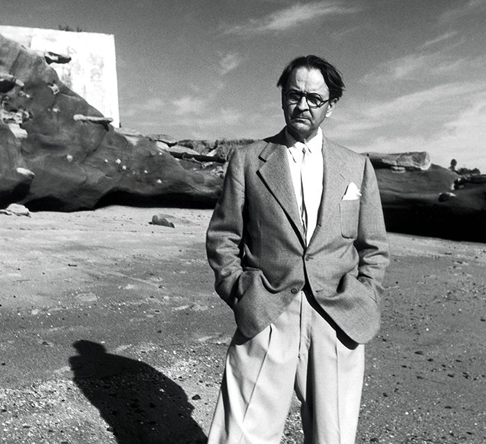 """Book Review: """"Raymond Chandler: The Man Behind The Mask"""""""